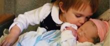 actualite quand un enfant decouvre son petit frere ou sa petite sur
