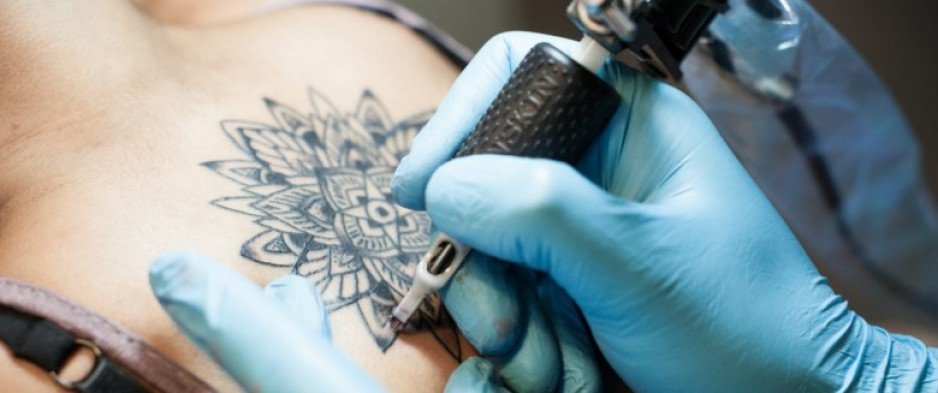 Tatouages: les contrôles sont insuffisants selon l'Académie de médecine