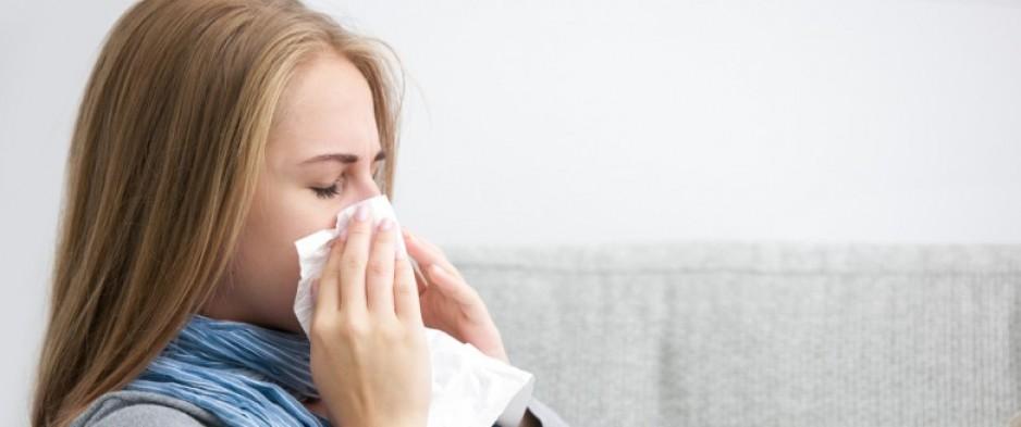 rhume ou grippe quelles sont les diff rences nuage ciel d 39 azur. Black Bedroom Furniture Sets. Home Design Ideas