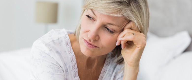 Ménopause : 10 solutions naturelles pour mieux dormir