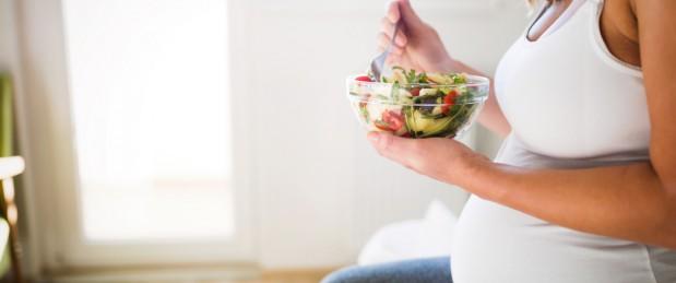 Le régime vegan pendant la grossesse, associé à un risque d'alcool chez l'ado