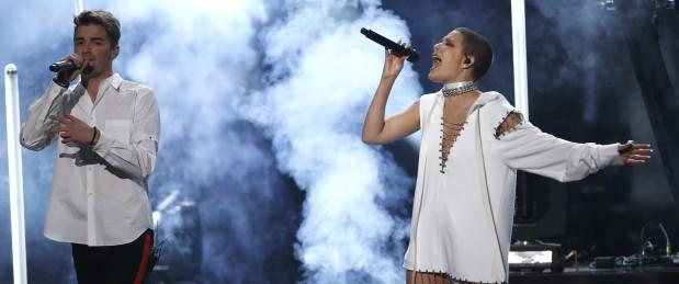 """Endométriose: la chanteuse Halsey témoigne sur son opération """"terrifiante"""""""