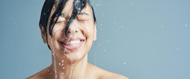 Visage : avoir une peau bien hydratée