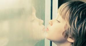 Le microbiote intestinal joue-t-il un rôle dans l'autisme ?