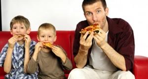 Les mauvaises habitudes du père influencent toute la famille