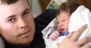 Dépression post-partum chez les pères : un tabou difficile à surmonter