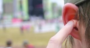 Vidéo : Santé publique France sensibilise les jeunes aux bouchons d'oreille
