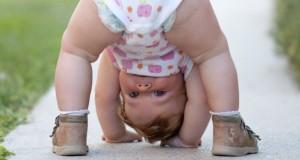 Bébés : à quel moment développe-t-ils l'humour ?