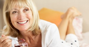 Cancer du sein après 50 ans : l'hygiène de vie comme première prévention