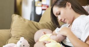 L'allaitement protégerait les bébés de la pollution