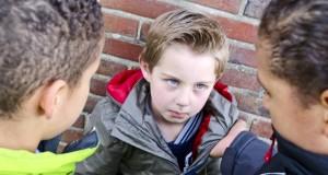 Harcèlement à l'école : que faire quand un enfant est maltraité par ses camarades ?