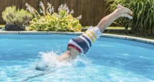 Le danger de la baignade après avoir mangé, mythe ou réalité ?