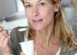 Produits laitiers : ils limitent le risque de ménopause précoce