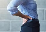 Mal de dos : des sous-vêtements intelligents comme outil de prévention