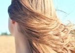 Les femmes aux cheveux longs sont-elles plus séduisantes ?