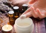 Quelles huiles essentielles appliquer sur la peau ? Et comment ?