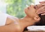 Six massages liftants et anti-âge du visage